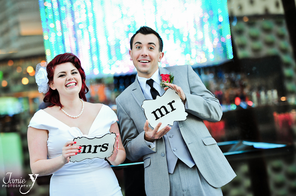 Chelsea & Josh|Married In Vegas|Fun Pictures on the Strip